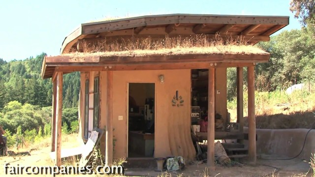 Natural building myths: tiny homes and green roofs