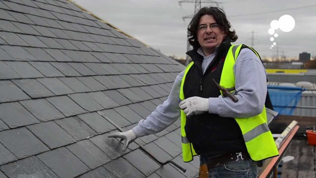 Affleck Roofing – How to replace a broken slate or rood tile