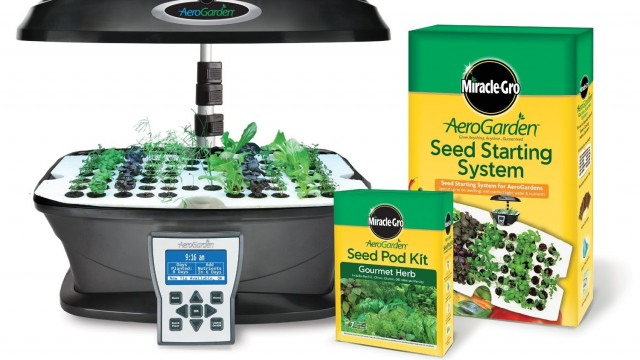 Miracle Gro AeroGarden ULTRA Indoor Garden with Gourmet Herb Seed Pod Kit