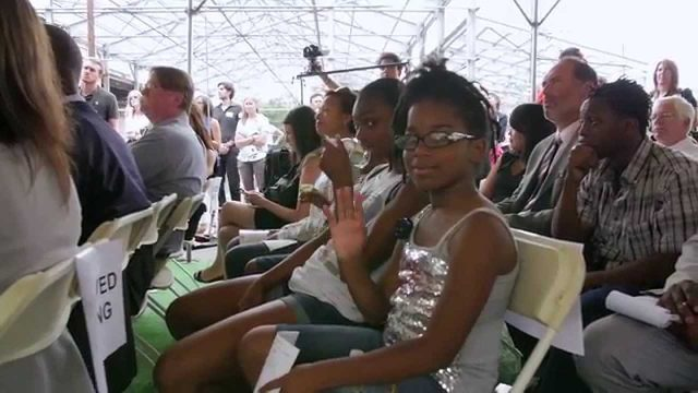 AeroFarms: World's Largest Indoor Vertical Farm Breaks Ground in Newark, NJ