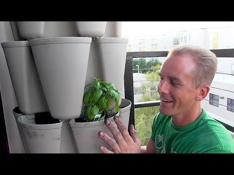 Growing 30 plants in less than 2 Sq Ft with this Vertical Tower Garden   WOW!