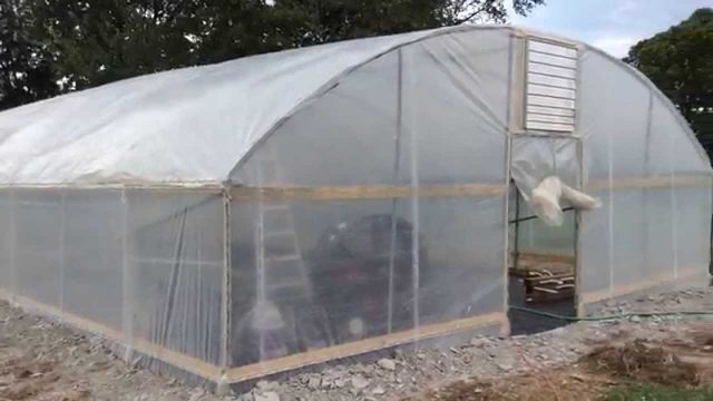 okieTV: DIY Hydroponic Greenhouse Ep. 01 – Double Wall Insulation, Swamp Cooler, & Wiggle Wire