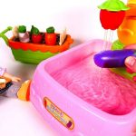 Gardening Planting Vegetables Picking and Washing in Sink Toy Playset for Children
