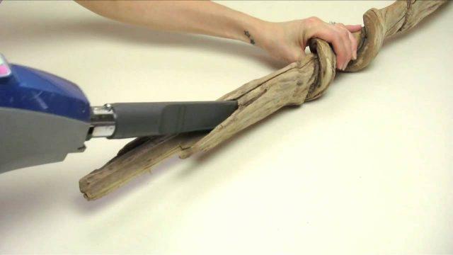 DIY Driftwood Wall Garden