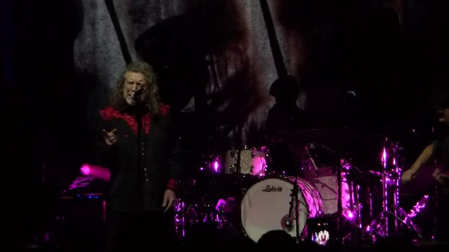 Carry Fire – Robert Plant 2018.02.20 Chicago Riviera Theatre