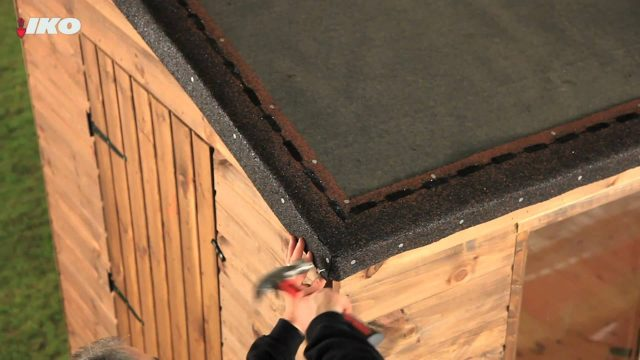 How to Fix Roofing Shingles to Your Shed