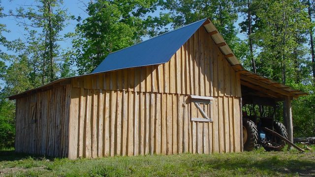 Building an Old-fashioned Pole Barn, Pt 6 – The Farm Hand's Companion Show, ep 12