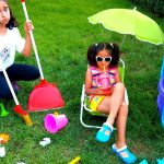 Esma and Asya Garden cleaning Pretend play with fun kid video