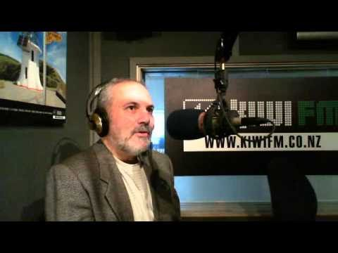 Dr Brad Bass on Living Roofs 13-1-11 Radio Wammo Show, Kiwi