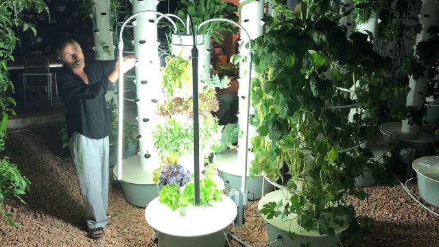 7 pots/28 plants commercial Tower Garden with LED lights.