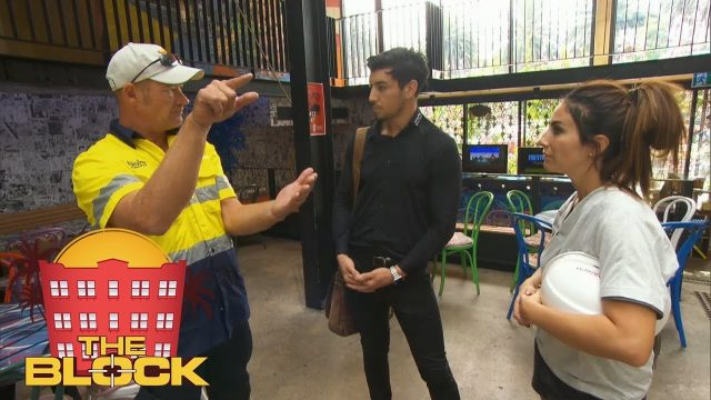 Keith doesn't like Sara's vertical garden idea | The Block 2018