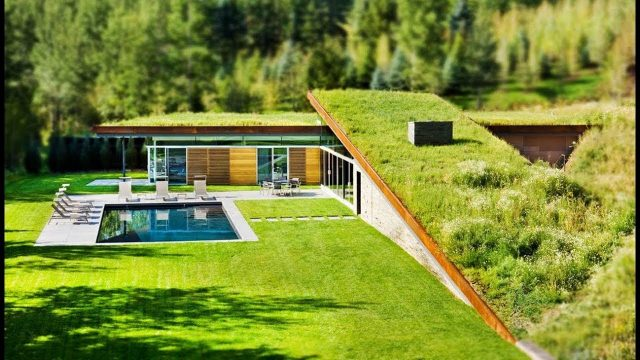An Ideal Grass Roof House For The Quiet Weekend Vacation Hidden In The Mountains