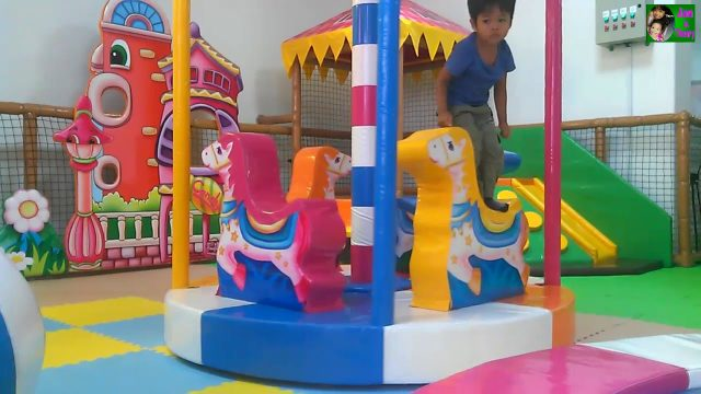 Kidcity | Theary and Khemara play at Kidcity | Children play ground | kid garden videos | kid city