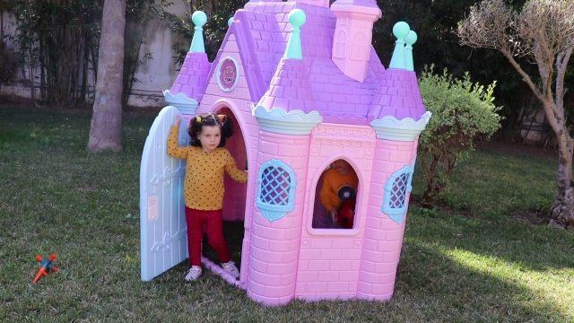 children play in the garden ,princess castle, kids boys