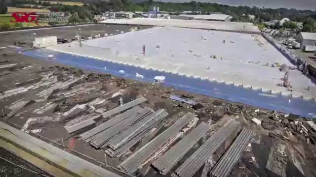 Reroofing in Action – Replacing a 10,000m2 Flat Roof in 3 minutes