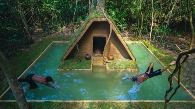 Stunning! Grass Roof Villa around Swimming Pool Built in Deep Jungle by Ancient Skills