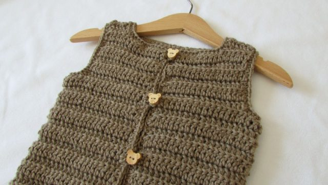 How to crochet an easy ribbed vest / sweater – any size