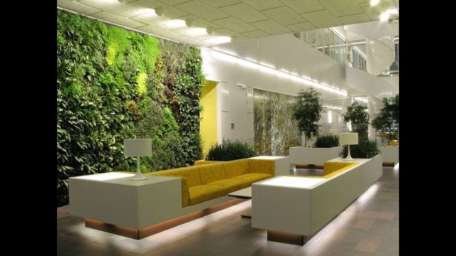 Wonderful Artificial Vertical Gardening to have a natural Look at Home
