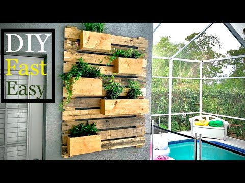 ♻️ Wall Garden/How to build a DIY Vertical wall garden from a pallets