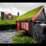 Beautiful Houses With Green Roofs