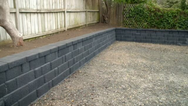 How to Build a Block Retaining Wall | Mitre 10 Easy As DIY
