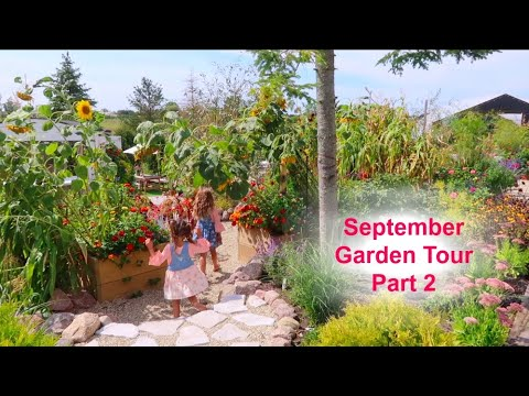 Family Garden Ideas & Design | Kid Friendly | Make Gardening a Tradition | Garden Tour //Garden Farm