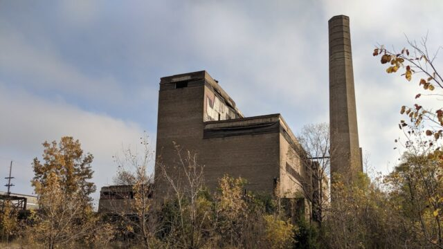 Abandoned Power Plant, Made it to the roof! Chicago