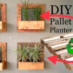 ♻️ Pallet wood projects // Wall Garden/How to build a Vertical planter garden // diy wood projects
