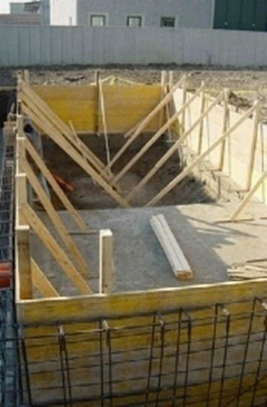 construction of a swimming pool