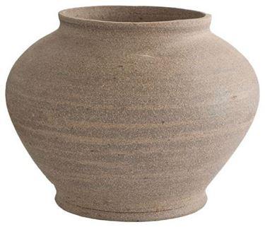 terracotta outdoor vases