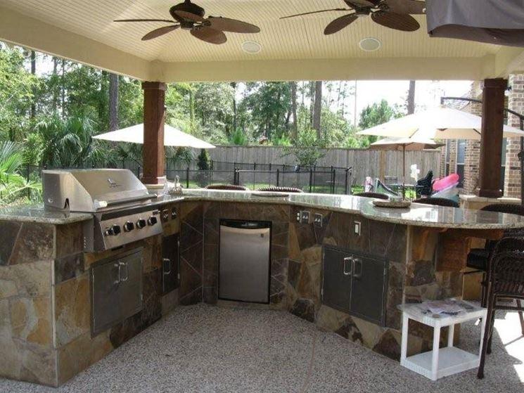 kitchen in the garden