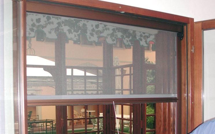 An example of a curtain mosquito net