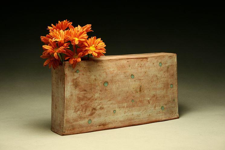 rectangular terracotta vase