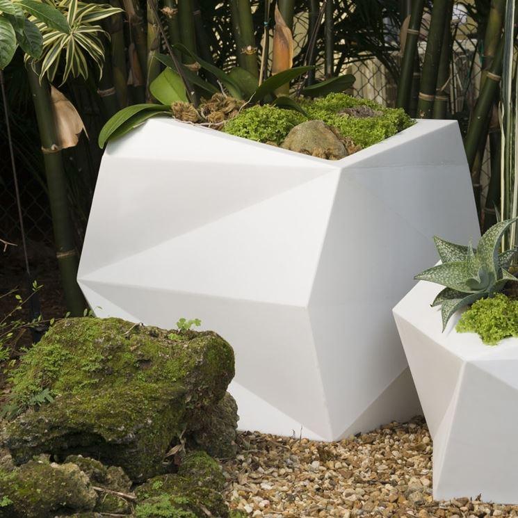 modern resin planter