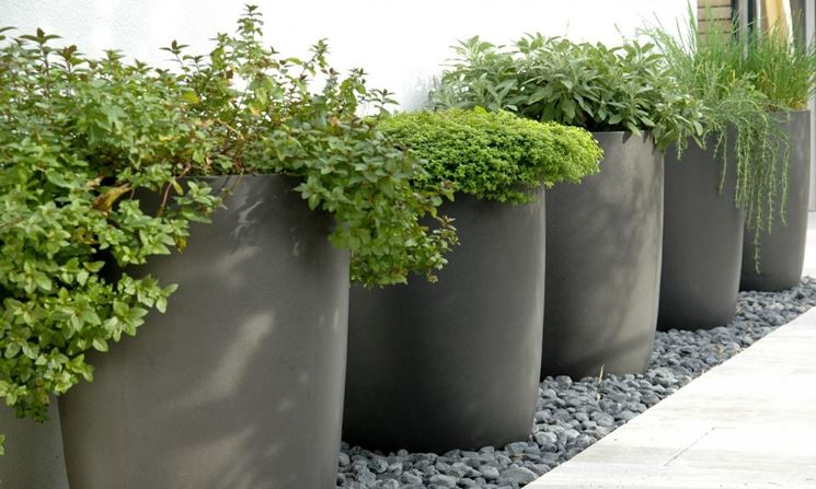 resin planters for outdoor use
