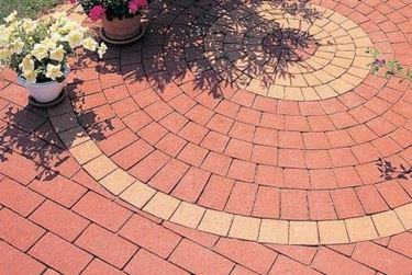 garden paving with bricks