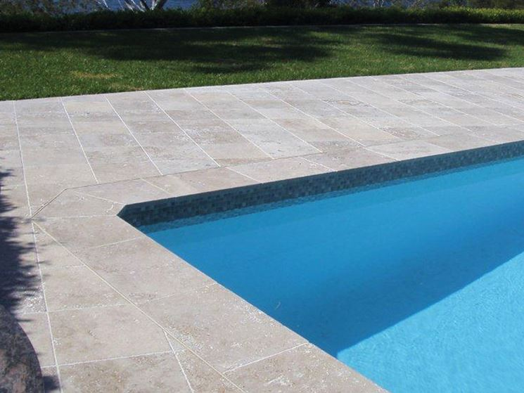 Flooring for swimming pools