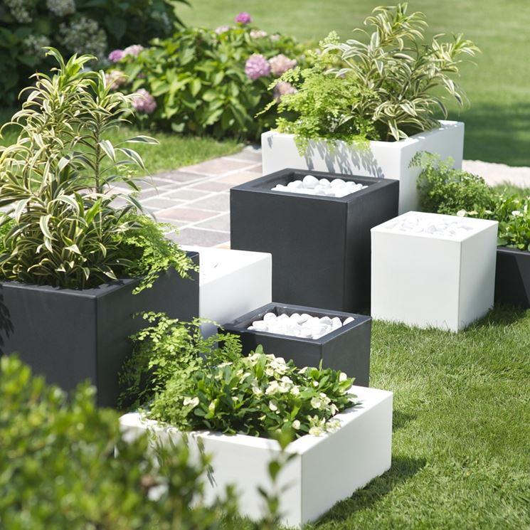Outdoor vases