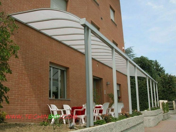 Aluminum and plexiglass canopy
